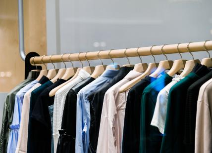 Retail Downsizing - Clothing Rack Image